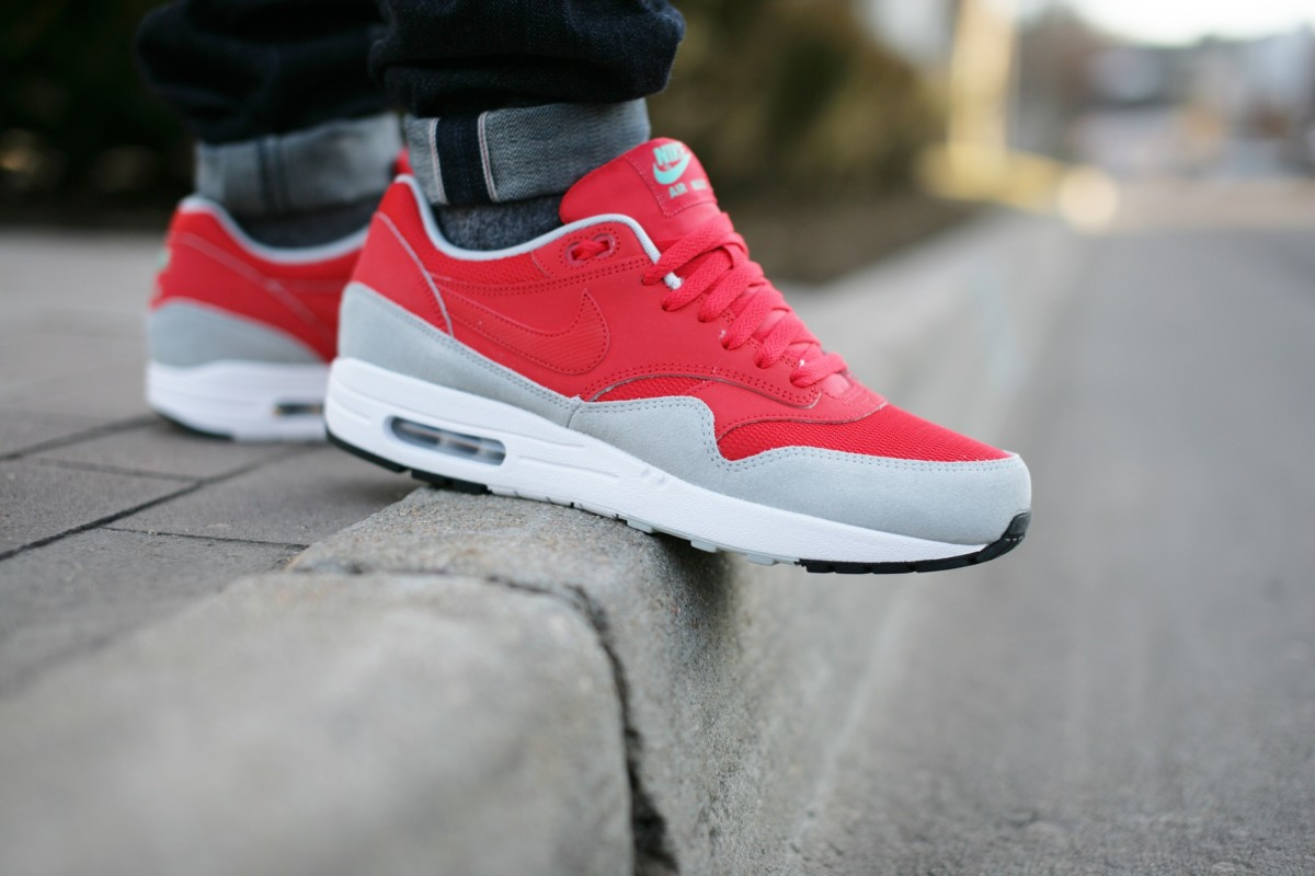 Nike Air Max 1 Daring Red
