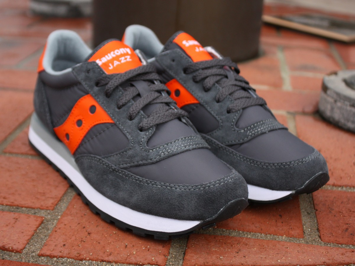 reputable site 8ef14 7924e saucony jazz grey orange