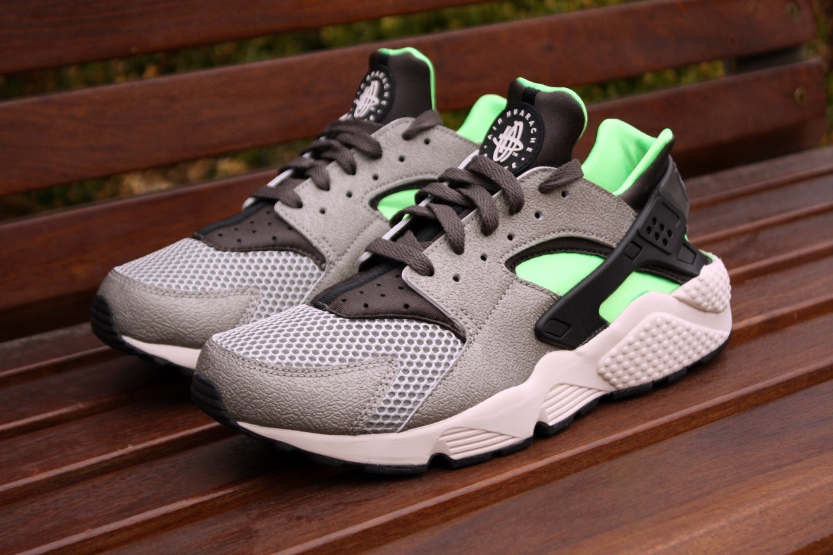 Nike Air Huarache Mine Grey/Poison Green