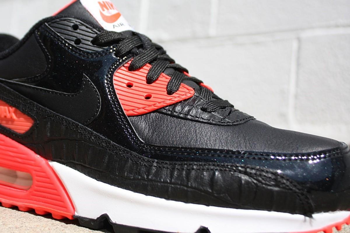 Nike Air Max 90 Aniiversary 'Infrared Croc'