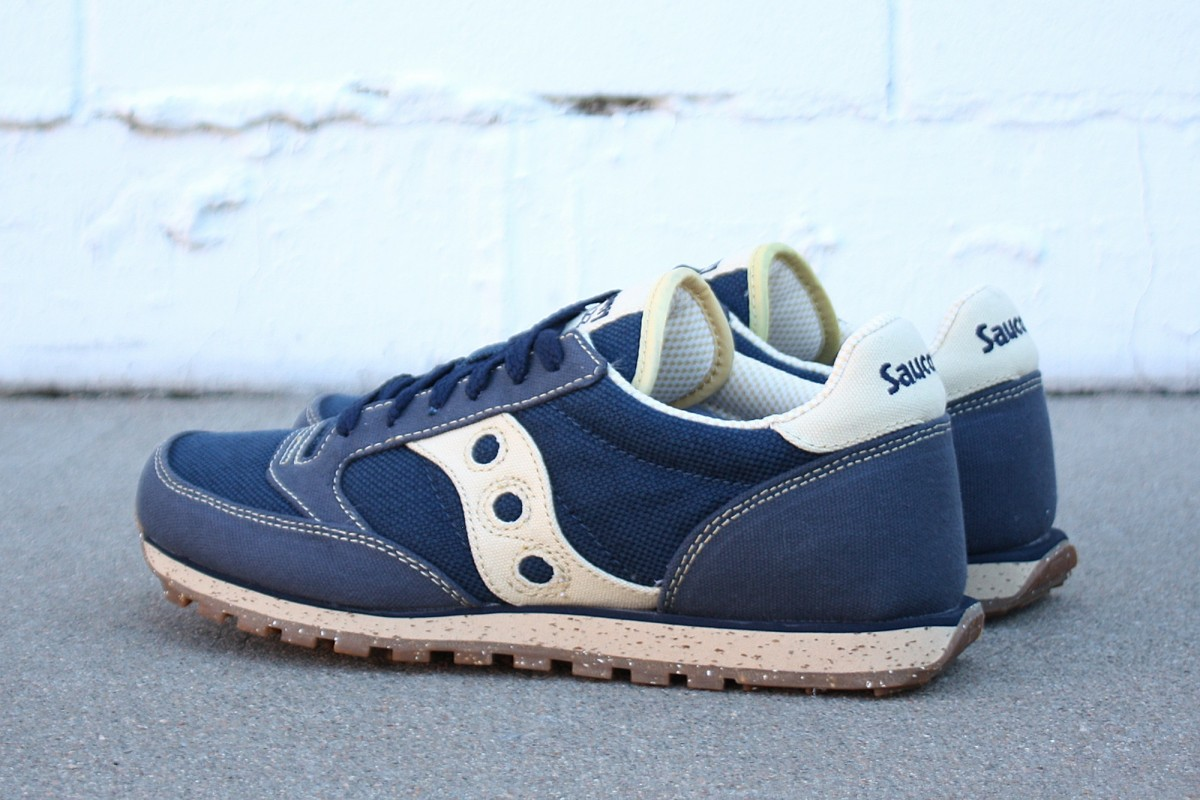 Saucony Jazz Low Pro Vegan in Navy