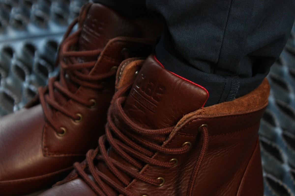 CLAE Hamilton in Chestnut Tumbled Leather