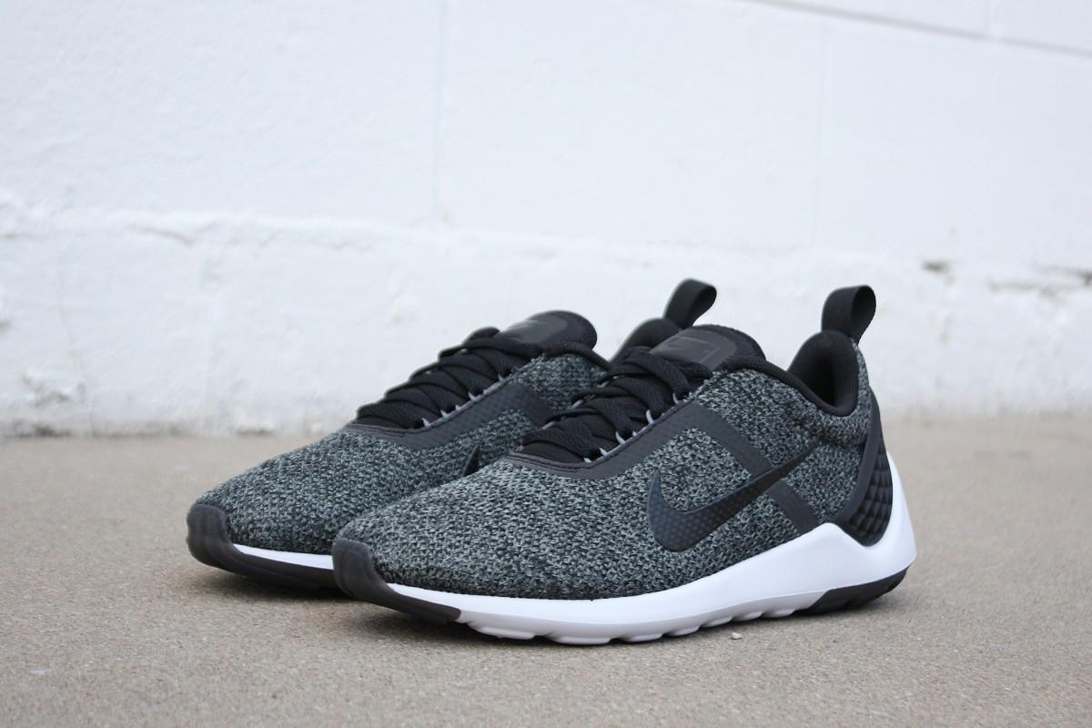 Nike Lunarestoa 2 SE in Black/Anthracite