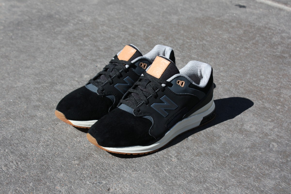 New Balance ML1550SB in Black/Gum