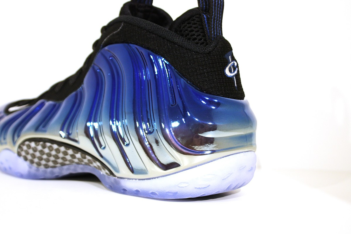 Nike Air Foamposite One Prm 'Blue Mirror'