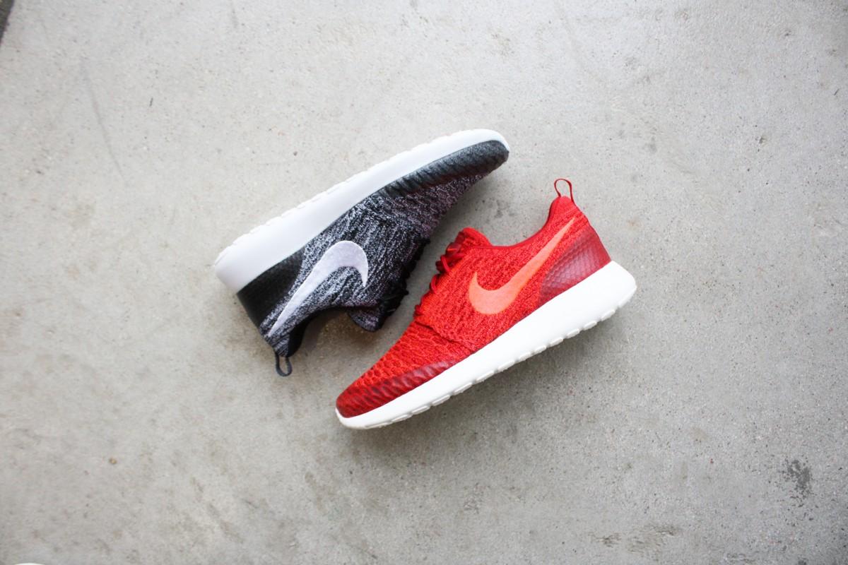NikeWomensRosheOneFlyknit001