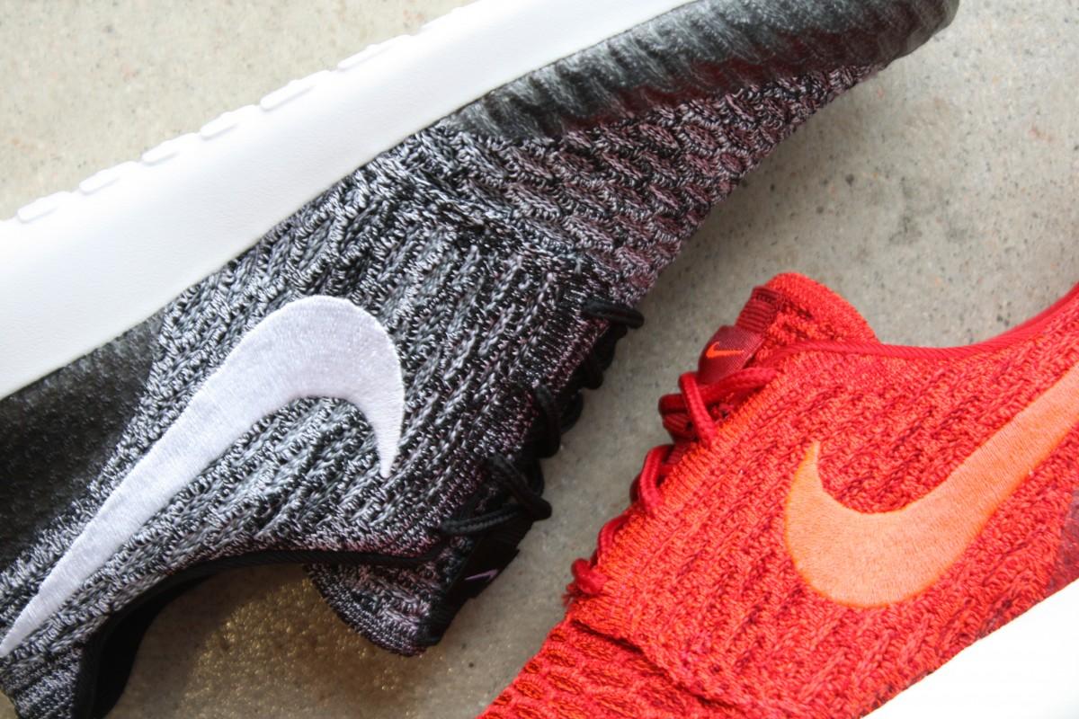 NikeWomensRosheOneFlyknit