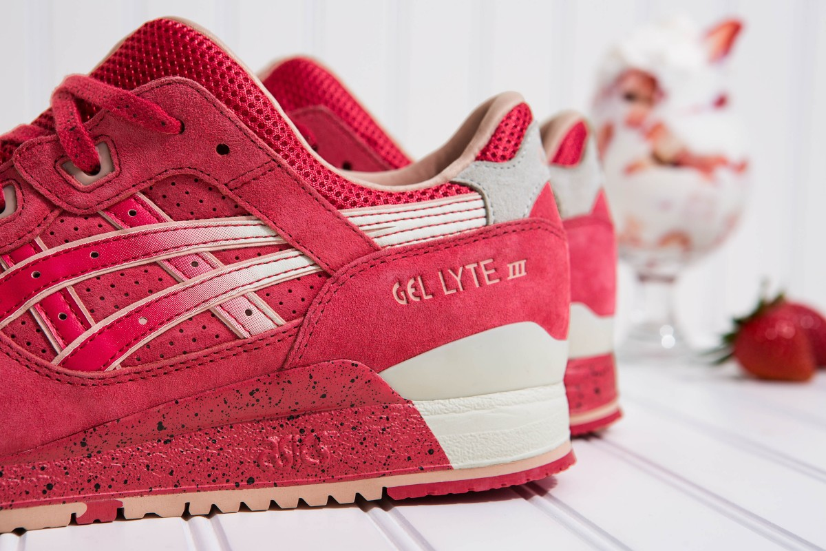 ASICS Gel-Lyte III 'Strawberries & Cream""