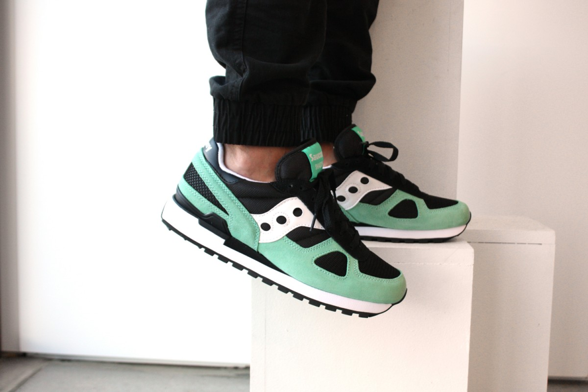 Saucony Shadow Original in Black/Aqua