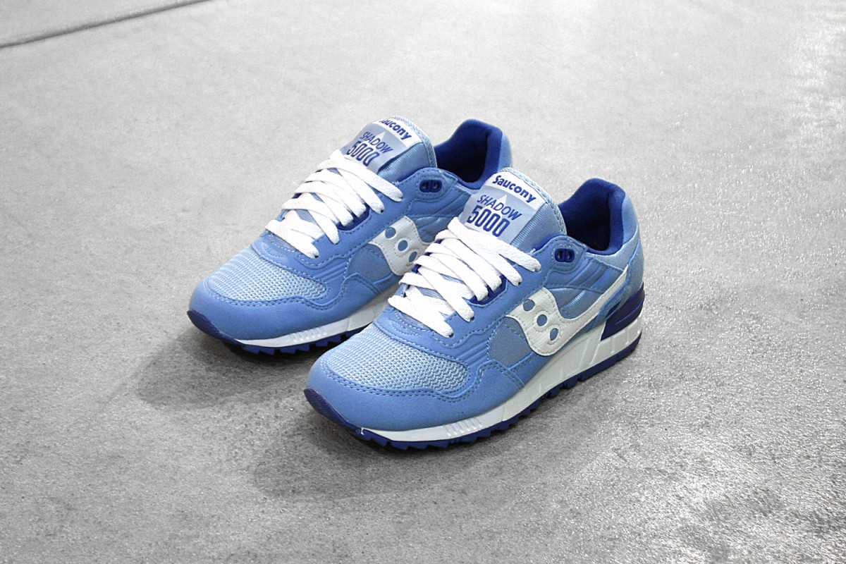Womens Saucony Shadow 5000 in Light Blue